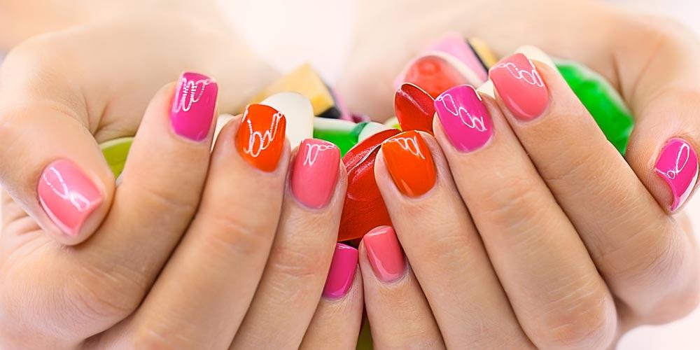 ¿Por qué es tan importante cuidar las uñas? || | Farmacia Internacional